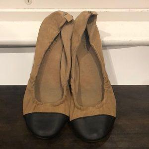 American Eagle cap toe flats